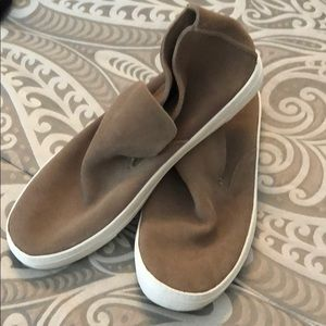 Dolce Vita, size 9.5 tan suede booties
